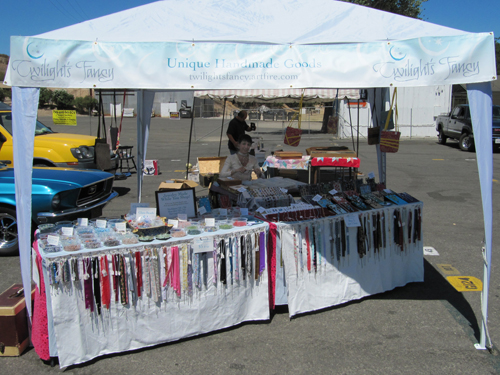 how to display jewelry for sale at swap meet